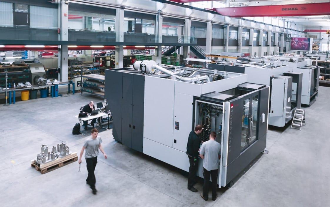 Effiziente Hallenbelegung in der Baustellenmontage bei Sondermaschinenbauer Fill