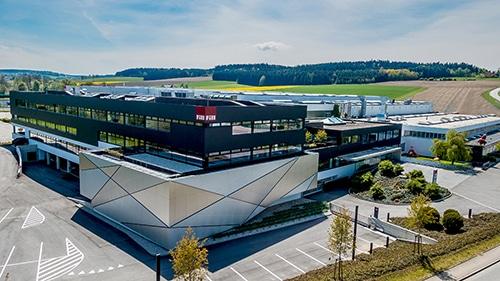 Sondermaschinenbauer Fill nutzt AREAPLAN für die effiziente Flächenplanung in Werkshalle